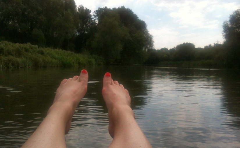 Punting down the Oxford River